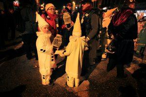 Enfants aux Carnaval de Binche - Belgique