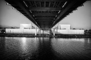 Pont et Usine Petrofina à Feluy